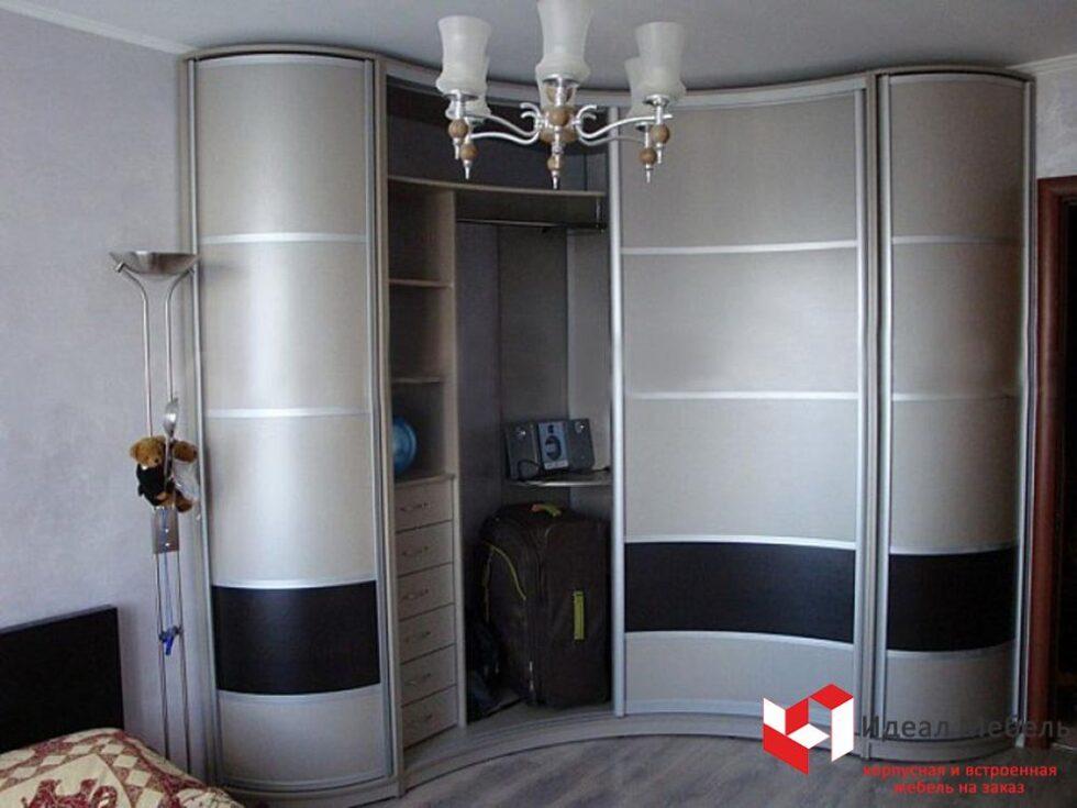 Угловой шкаф-купе №14